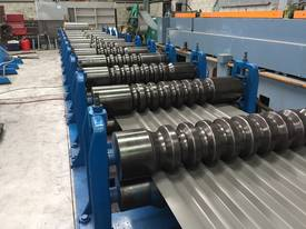 Able roll former