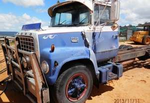 Ford   LOUISVILLE 7000