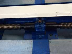 5 TONNE WELDING ROTATOR IDLER - picture4' - Click to enlarge
