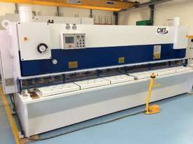 CMT 3200MM X 6MM VARIABLE RAKE GUILLOTINE - picture1' - Click to enlarge