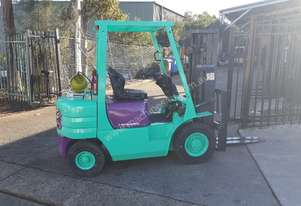 Mitsubishi Forklift 2.5T 4.3m Lift Container Mast