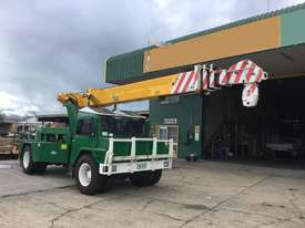 1990 Linmac AW2 12 12T Articulated Crane - picture3' - Click to enlarge