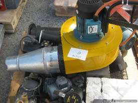 Extraction Fan - picture2' - Click to enlarge