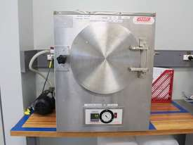 Vacuum Oven - picture4' - Click to enlarge
