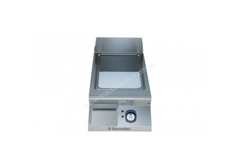 Electrolux 900XP E9FTEDCS00 400mm wide Sloped Chrome Plated Electric Fry Top Griddle