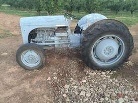 Grey Ferguson for sale - picture0' - Click to enlarge