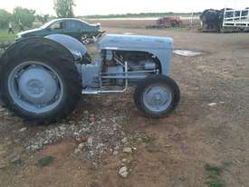 Grey Ferguson for sale - picture2' - Click to enlarge