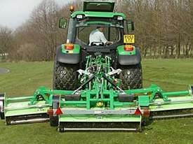 TRIFLEX � GANG FLAIL MOWER - picture0' - Click to enlarge