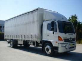Hino GH 1728-500 Series Curtainsider Truck - picture1' - Click to enlarge