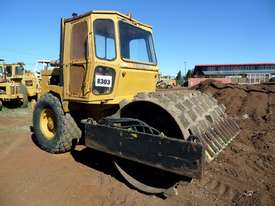 1995 Case Vibromax W1102H Padfoot Roller *CONDITIONS APPLY* - picture0' - Click to enlarge