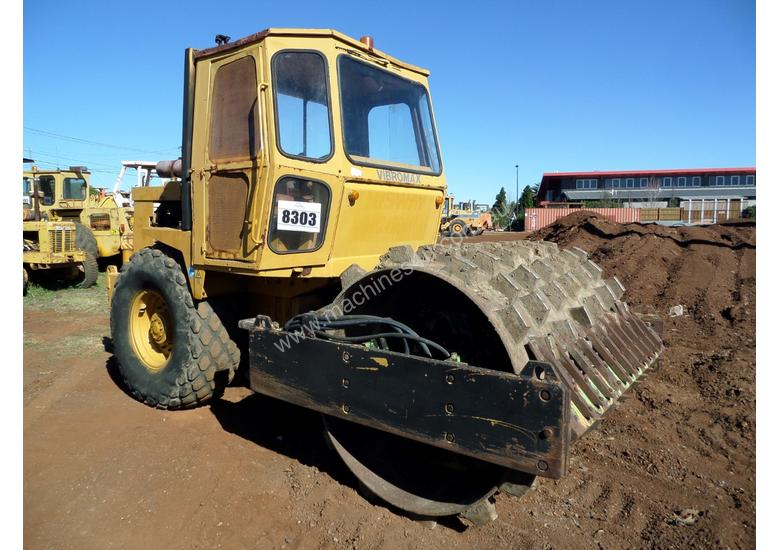 1995 Case Vibromax W1102H Padfoot Roller CONDITIONS APPLY
