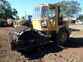 1995 Case Vibromax W1102H Padfoot Roller *CONDITIONS APPLY* - picture1' - Click to enlarge