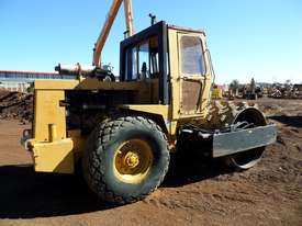 1995 Case Vibromax W1102H Padfoot Roller *CONDITIONS APPLY* - picture2' - Click to enlarge