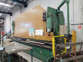 Kleen CNC Pressbrake - picture0' - Click to enlarge