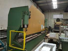 Kleen CNC Pressbrake - picture5' - Click to enlarge