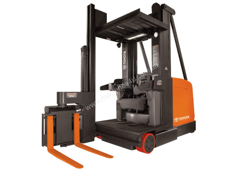 Toyota 9000 Series Swing-Reach Forklift