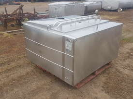 STAINLESS STEEL TANK, MILK VAT 900 LT - picture1' - Click to enlarge