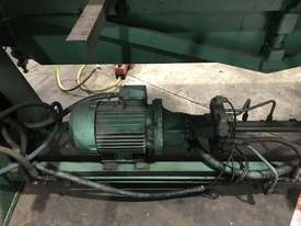 Aust Made 2500mm x 3mm Hydraulic Panbrake For Sale - 2 Sets Top Blades Included - picture10' - Click to enlarge