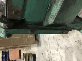 Aust Made 2500mm x 3mm Hydraulic Panbrake For Sale - 2 Sets Top Blades Included - picture18' - Click to enlarge