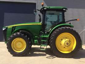 John Deere 8360R FWA/4WD Tractor - picture5' - Click to enlarge