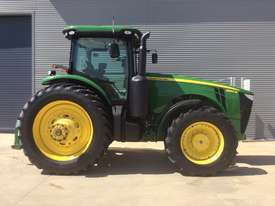 John Deere 8360R FWA/4WD Tractor - picture11' - Click to enlarge