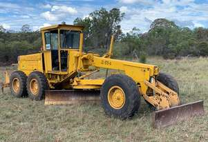 1979 John Deere 670A Grader *CONDITIONS APPLY*