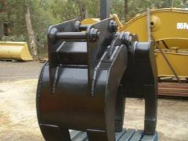 30 Ton Labounty 5 Finger Manual Grapple - picture1' - Click to enlarge