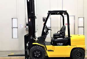 3T Diesel Counterbalance Forklift - Runout Special