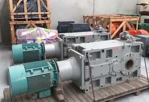 NEW 30 kw 40 hp 9 rpm output Bonfiglioli Geared Motor