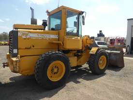 Volvo L50C Wheel Loader  - picture3' - Click to enlarge