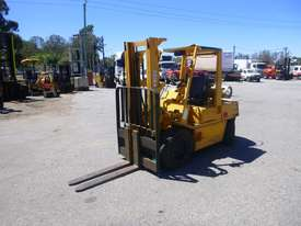 Nissan RGH02A30U Container Mast LPG 3 Tonne Forklift - picture0' - Click to enlarge