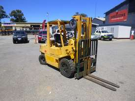 Nissan RGH02A30U Container Mast LPG 3 Tonne Forklift - picture3' - Click to enlarge