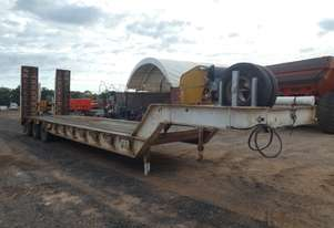 Brentwood   Tri Axle Low Loader