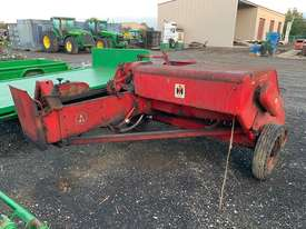 International B46 Square Baler - picture0' - Click to enlarge