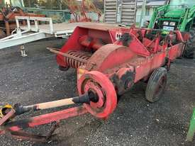 International B46 Square Baler - picture1' - Click to enlarge