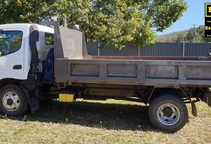 Hino Dutro Tipper with Water Tank