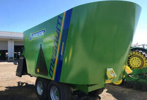 Faresin Magnum Double 2000 Feed Mixer Hay/Forage Equip