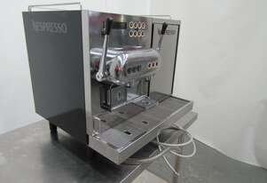 Nespresso AGUILA 220 Auto Coffee Machine