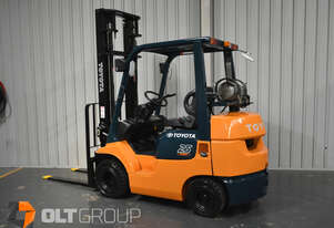 Toyota 7FGK25 Forklift 2.5 Tonne Compact Model 3302 Hours New Solid Tyres