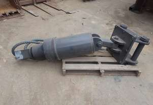 20T Digga Auger Drive Motor and attachments