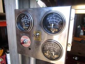 Cougar Diesel Engine 26HP Electric Start - picture3' - Click to enlarge