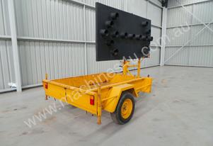 1998 Sunshine Trailer Arrow Board