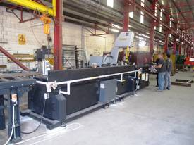 V-20APC Automatic Vertical Bandsaw - picture5' - Click to enlarge