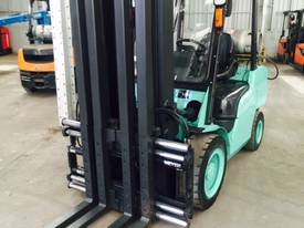 Used LPG Mitsubishi 3.5 tonne forklift - picture0' - Click to enlarge