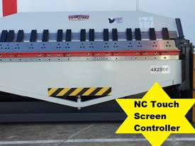 2500mm x 4mm Touch Screen Colour Display Program - picture0' - Click to enlarge