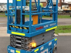 2012 Genie GS1932 - Narrow Electric Scissor Lift - picture5' - Click to enlarge