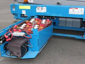 2012 Genie GS1932 - Narrow Electric Scissor Lift - picture10' - Click to enlarge