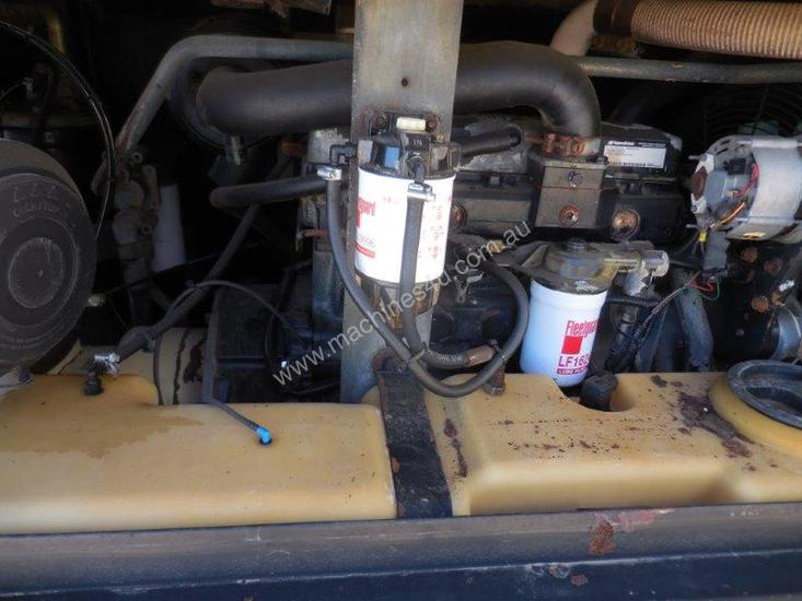 INGERSOLL-RAND 7/71 270CFM MOBILE DIESEL AIR COMPRESSOR