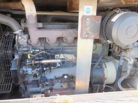 INGERSOLL-RAND 7/71 270CFM MOBILE DIESEL AIR COMPRESSOR - picture5' - Click to enlarge