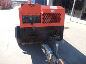 INGERSOLL-RAND 7/71 270CFM MOBILE DIESEL AIR COMPRESSOR - picture0' - Click to enlarge